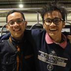 Dua Pejalan Nekat—Disatukan Karena Tekad!
