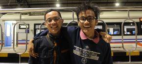 Dua Pejalan Nekat—Disatukan KarenaTekad!