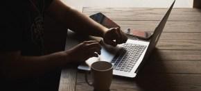 Apa Nikmatnya Seharian Bekerja Hanya di DepanKomputer?