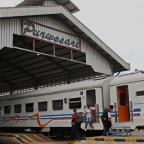 Drama Menyebalkan di Atas Kereta Api