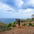 Refleksi Dua Tahun Bekerja: Sebuah Perjalanan ke Puncak Bukit
